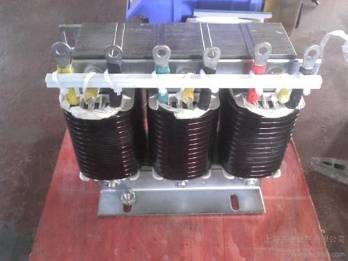 智能电容器的性能特点有哪些?